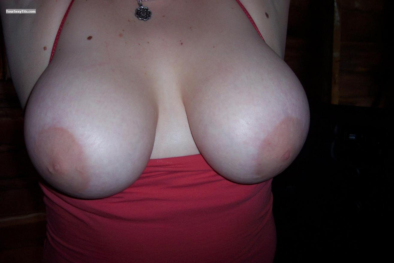 Tit Flash: Very Big Tits - AFriend from United States